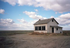 Abandoned house, KS