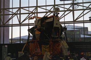 Eagle lander
